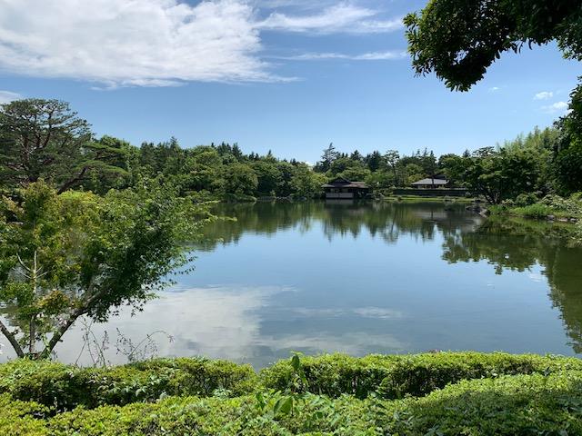 立川市の国営昭和記念公園内にある日本庭園