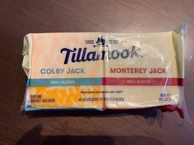 コストコティラムークチーズ(モントレーとコルビージャック)