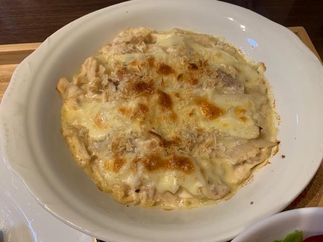 コストコチキンとチーズで作ったグラタン